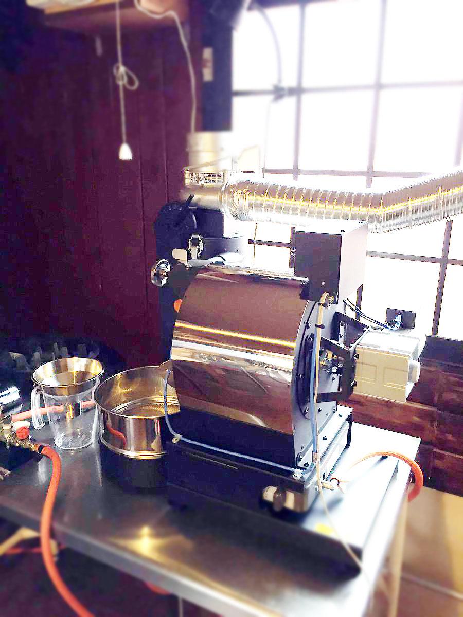 北海道苫小牧市にアポロ焙煎機を設置しました。